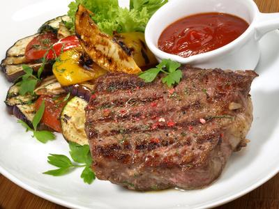 Steak vom Rind mit BBQ Sauce