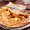 Pfannkuchen mit Apfelkompott